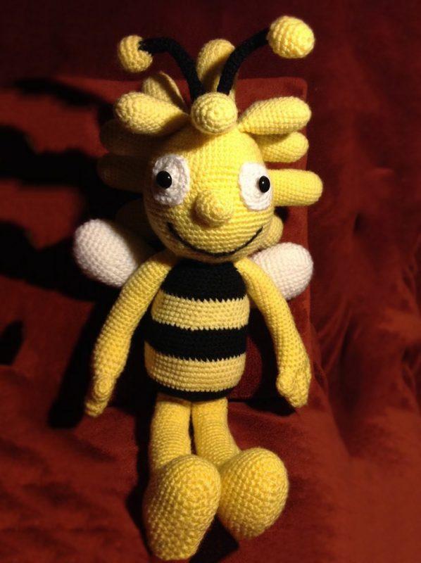 Pletená hračka včielka mája- Anna Mokrá | Hendikup