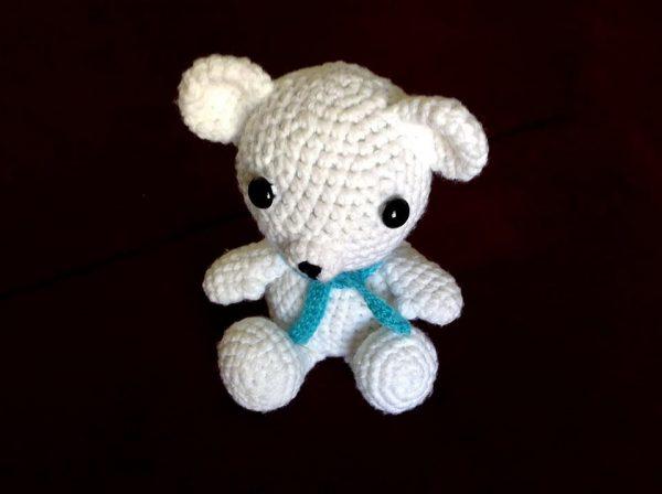 Pletená hračka biely macko - Anna Mokrá | Hendikup