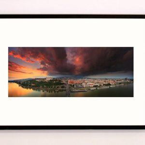 Obraz Bratislava po búrke - Matej Kováš | Hendikup
