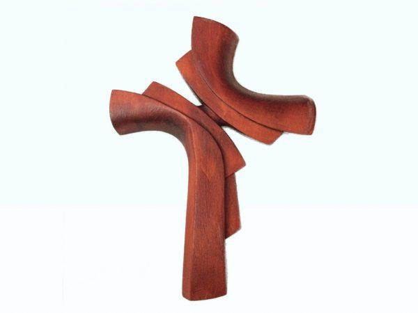 Ručne vyrezávaný krížik z dreva mahagón | Hendikup
